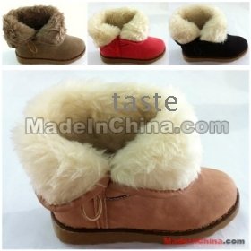 Free shipping - 2012 new flat with  bottom feather women's snow boots sleeve warm waterproof cotton shoes
