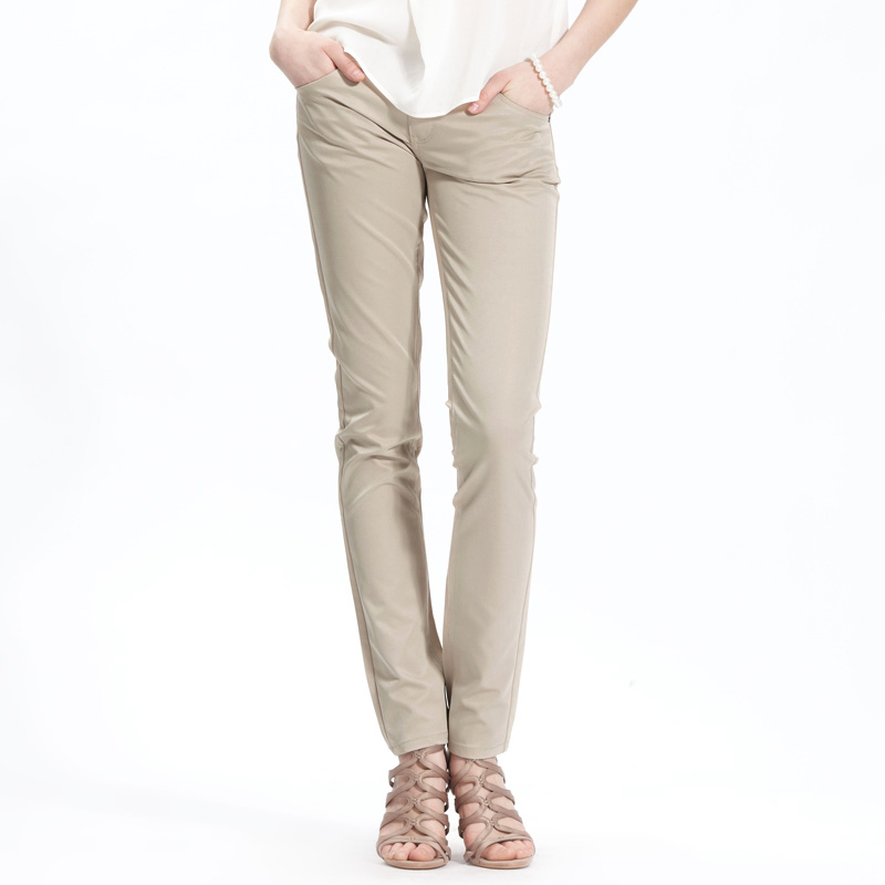 Unique Figure 101 Shows How A Pair Of Khaki Pants And Ballet Flats Can Be A Stylish Yet Comfortable Outfit For Work Business Casual May Be One Of The More Common Forms Of Dress These Days, But With No Exact Definition, Getting Dressed In The