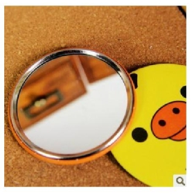 Easily refined cute bear with portable make up lens with a small mirror mirror
