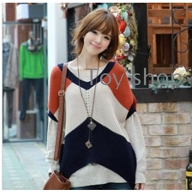 The new  of women's autumn BianFuShan match colors loose sweater sweater
