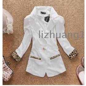 The spring and autumn and the new sexy leopard grain went through sleeve cultivate one's morality 7 minutes of sleeve small white suit female recreational coat