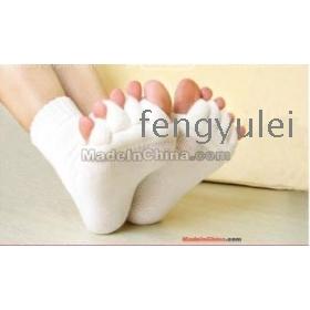 Free Shipping 20pairs/lot Happy Feet  Alignment Socks As  Comfy Toes Sleeping Socks Massage Five Toe Socks 2013   fengyulei