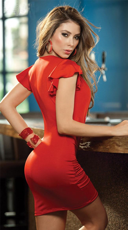 женщина в платье сексуально-ух1