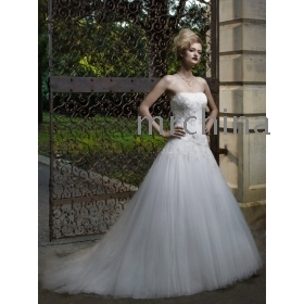 Strapless soft sweetheart gown with a tulle ruched bodice the wedding dresses 2012
