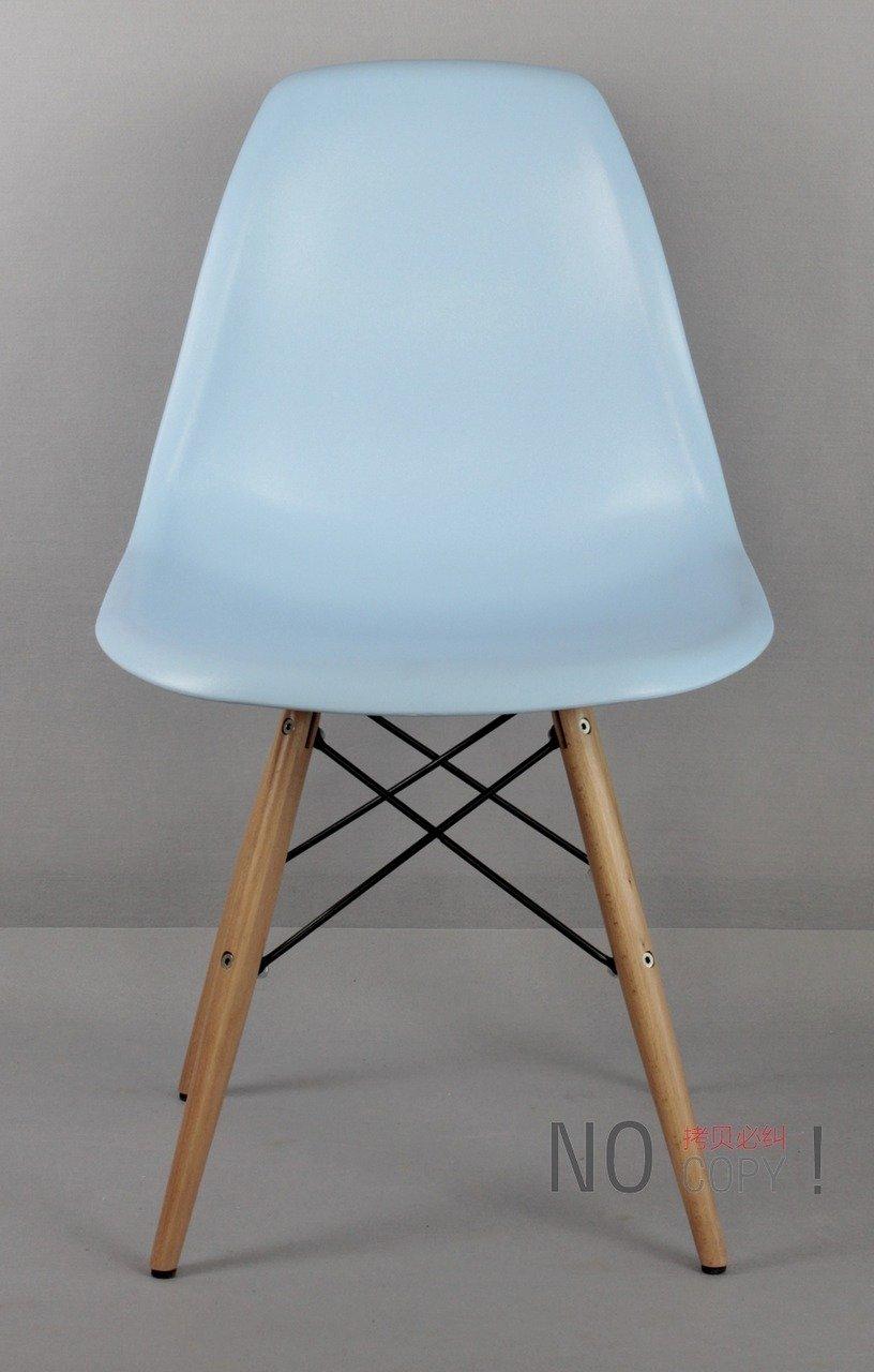 Eames plastic side chair dowel leg color red black for Eames molded plastic dowel leg side chair