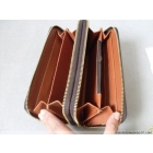 Free shipping-- The vogue is popular brand wallet purse name card clip come with box .14